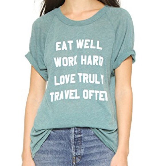 XS Wildfox Couture Women/'s Mantra Eat Well Work Hard Tee Shirt in Green Size